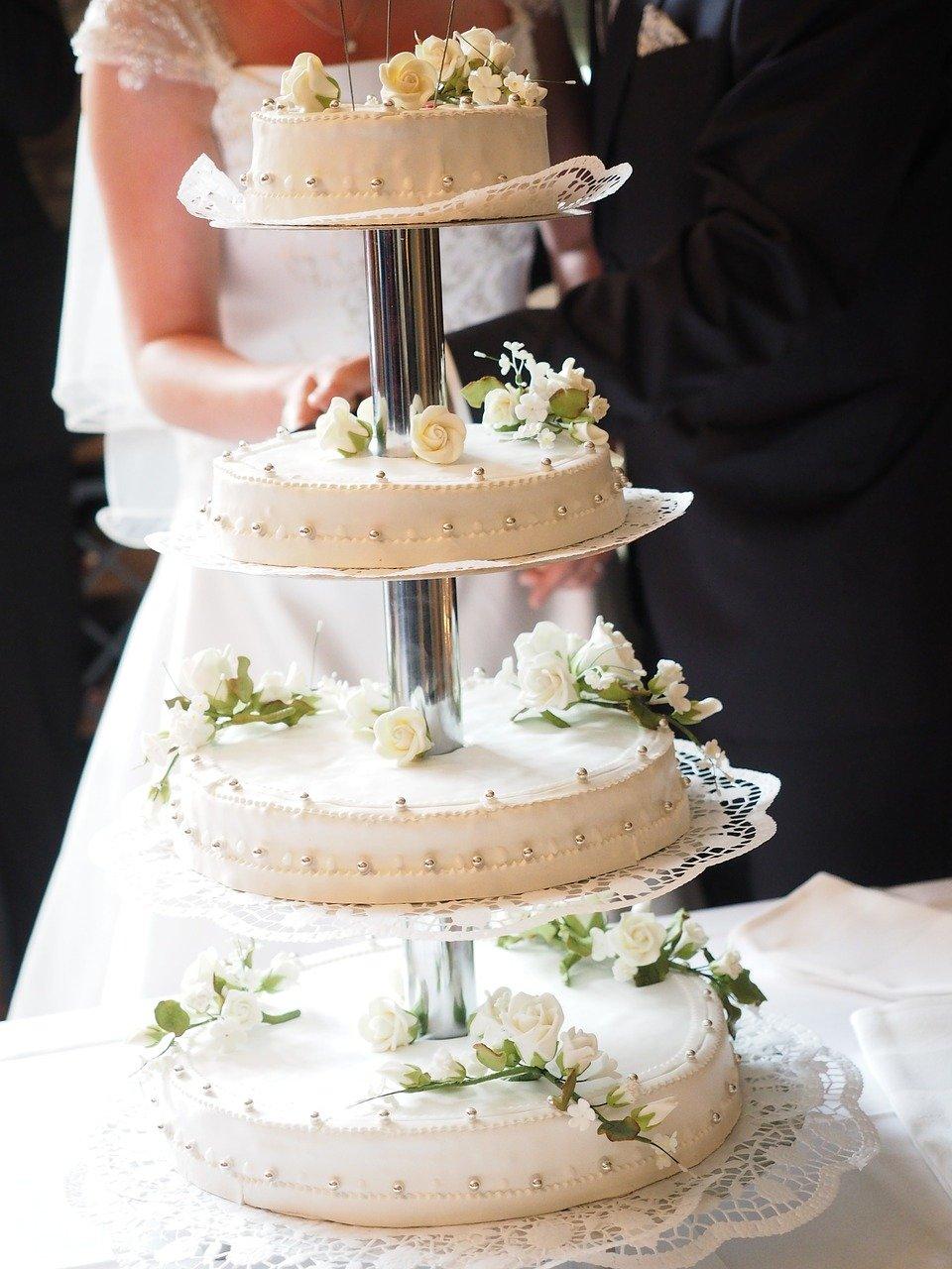 cake, wedding cake, gate
